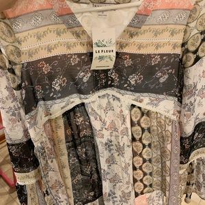Tops - Floral Bell Sleeve Blouse